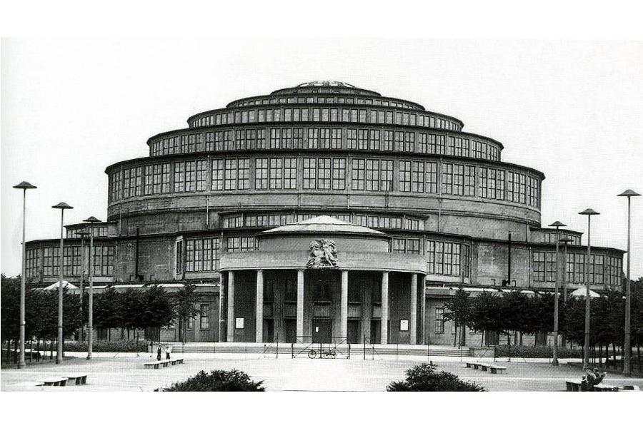 Palacio del centenario de Max Berg en Polonia