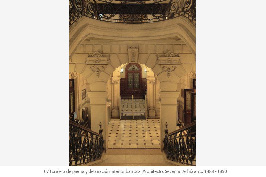 Biblioteca Municipal de Bidebarrieta Antigua sede de la Sociedad El Sitio de Severino Achúcarro. Escalera de piedra y decoración interior barroca