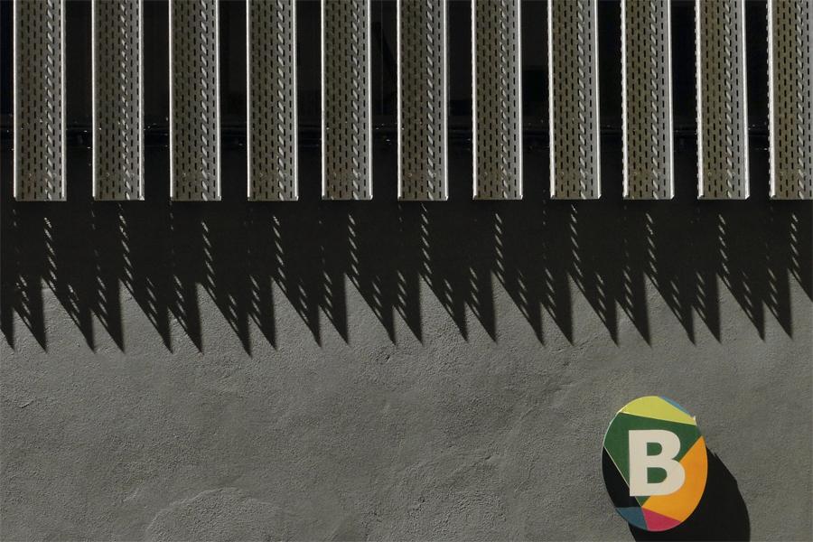 auzo-factory-01